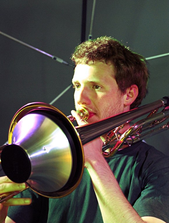 Sascha Hois at Trombone in microphone array